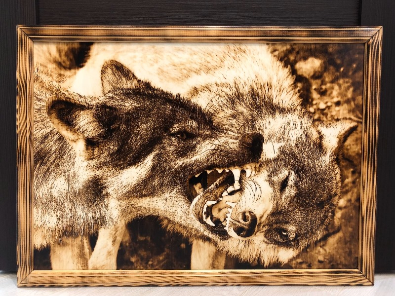 wood burning - wolfs by Vitaly
